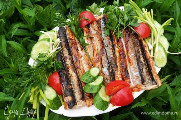 Подавать немедленно с овощами и зеленью. Приятного аппетита! Угощайтесь!