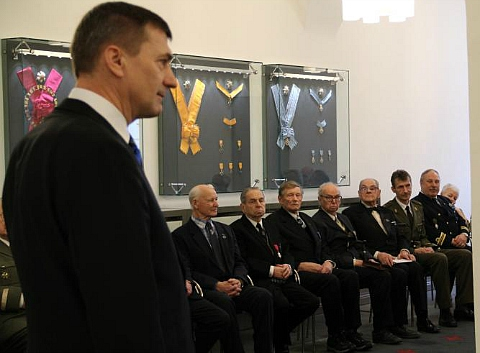 Премьер Эстонии не забыл поблагодарить престарелых пособников нацистов