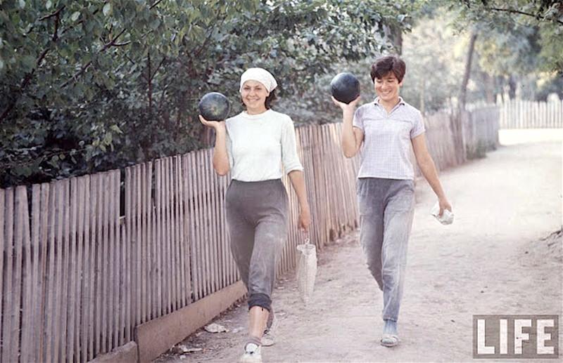 Как жила советская молодёжь в 1967 году. Снимал американский фотограф Билл Эппридж 67