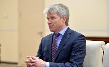 Министр спорта одобрил стремление россиян выступать под нейтральным флагом
