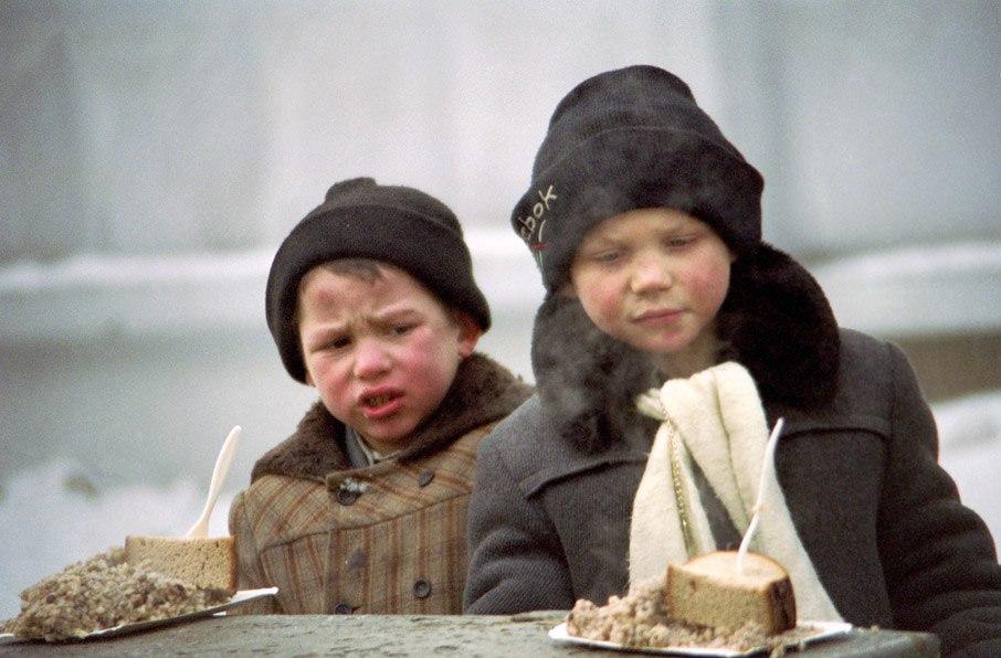 Рожденные после 90-х даже не могут представить, какая лавина бед сошла на головы их родителей