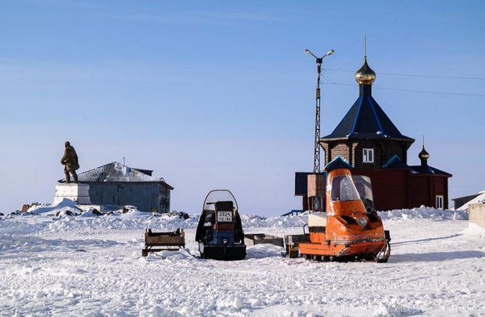 Транспорт в суровом Диксоне./Фото: trinixy.ru