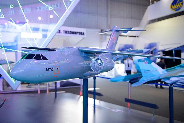 Новые подробности о разработке среднего военно-транспортного самолета