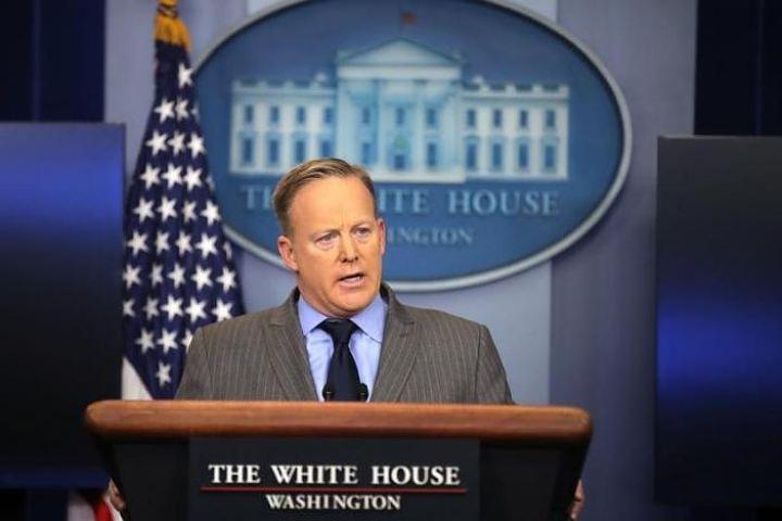 Белый дом обвинил СМИ в искажении данных о числе участников инаугурации
