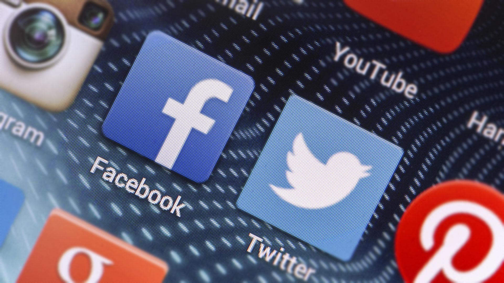 Информационные преступники: почему Facebook и Twitter игнорируют российские законы