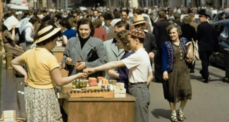 Уличная торговля в Москве 1959 года глазами фотографа The New York Times