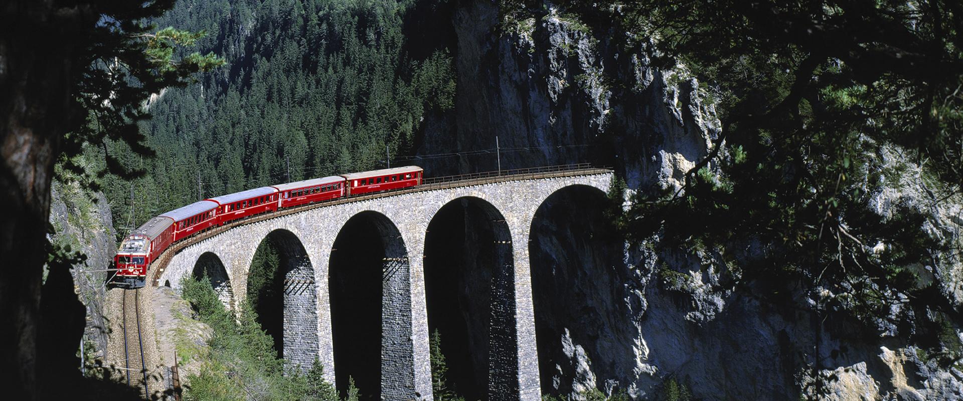 Самые красивые железнодорожные маршруты мира