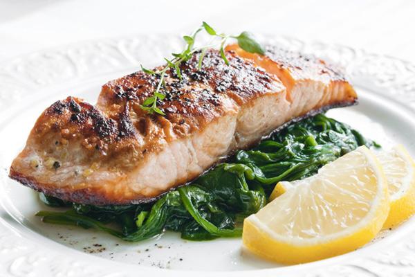 Рыбный день: 7 идей для правильного ужина