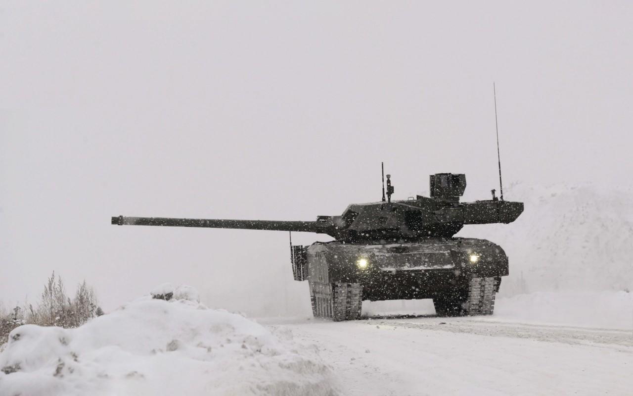 Первые 16 машин «Армата» опытно-войсковой партии поступят в 2019 году