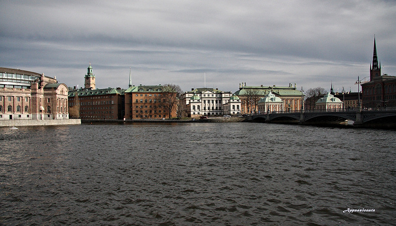 Город, который плавает на воде. Фоторепортаж