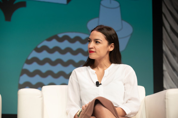 Alexandria Ocasio-Cortez says labor should not fear automation