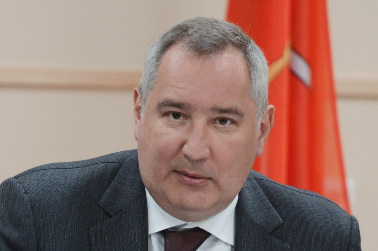 """Рогозин назвал НАТО обнаглевшим после ролика о """"лесных братьях"""" из СС"""