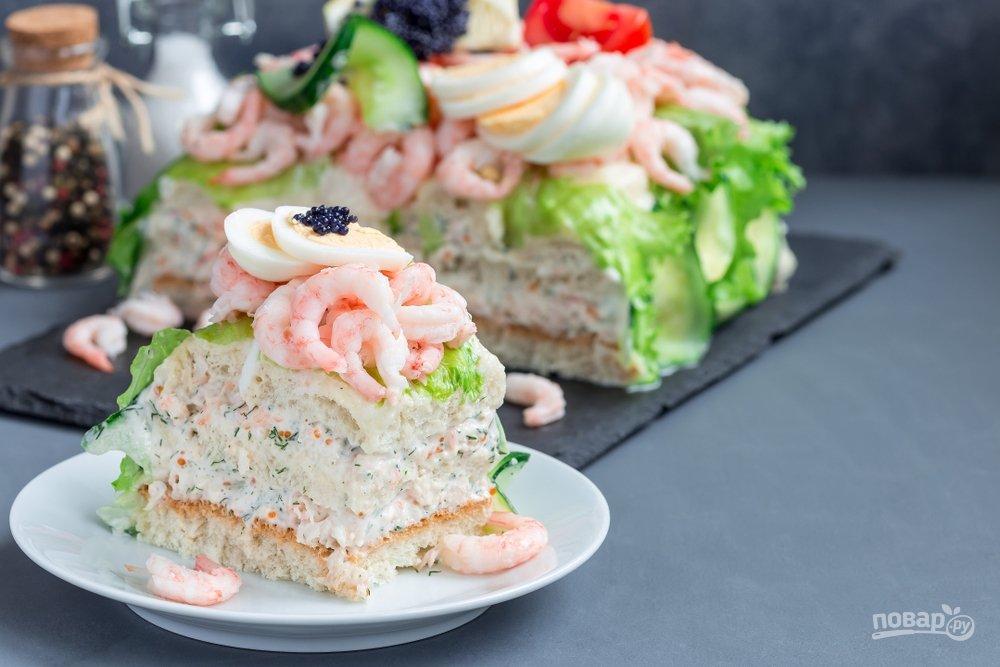 Закусочный пирог с красной рыбой