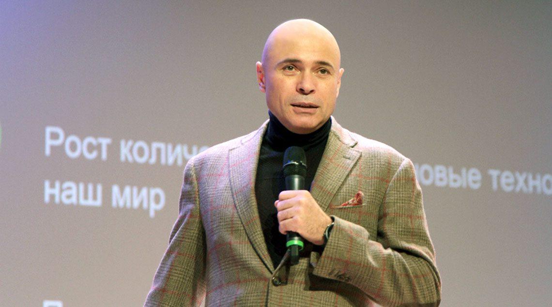 Игорь Артамонов не стал опровергать взорвавшую интернет фразу «Если вас не устраивают цены, то это вы мало зарабатываете, а не цены высокие...»!