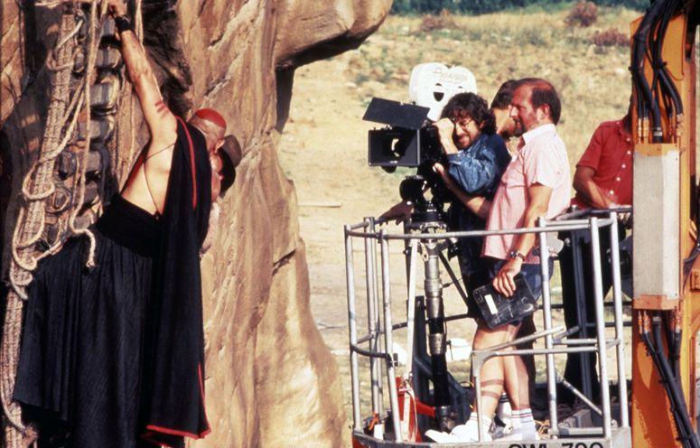 Стивен Спилберг кино, стивен спилберг, за кадром