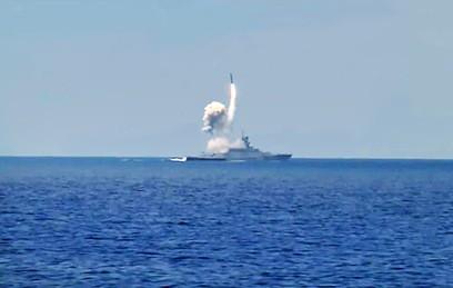 """Российские корабли из Средиземного моря ударили """"Калибрами"""" по боевикам"""