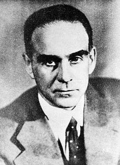 Граф Шереметев, концертмейстер театра Вахтангова