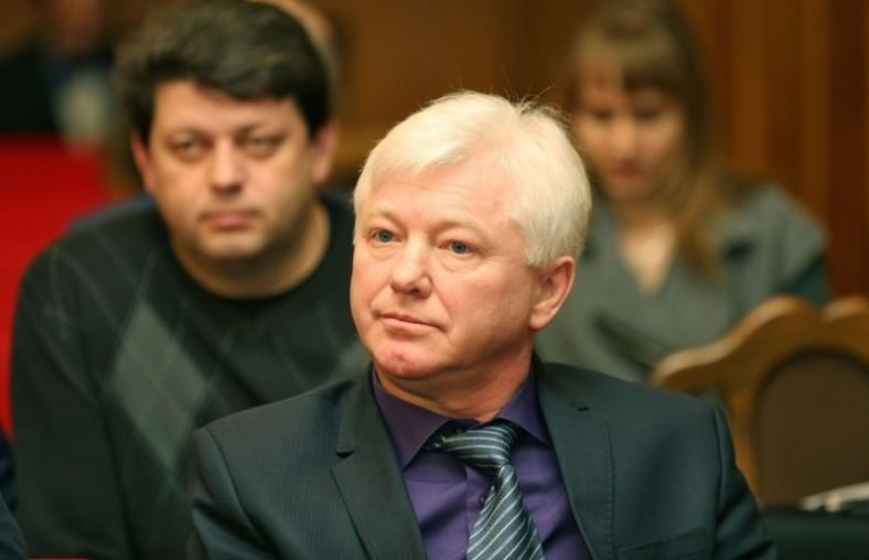 Аксенов назвал имя задержанного за получение взятки вице-премьера Крыма