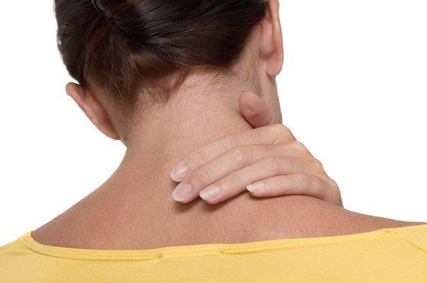 4 несложных упражнения для здоровой гибкой шеи