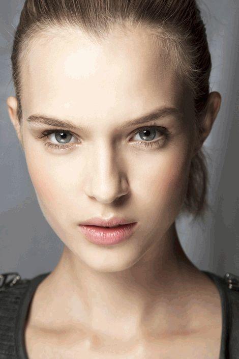 7 приемов в макияже, которые устаели и не модны