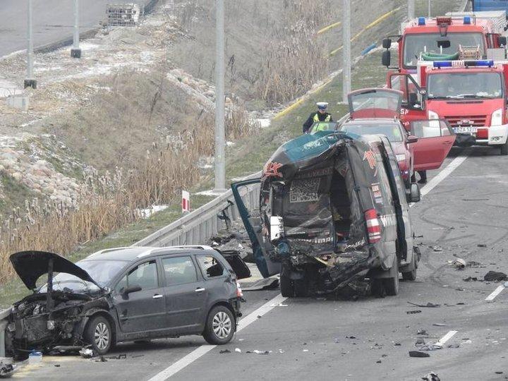 Два польских водителя дрались на трассе – их насмерть сбил белорусский дальнобойщик