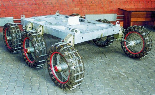 Космические аппараты (экспозиция технического музея ВАЗа)