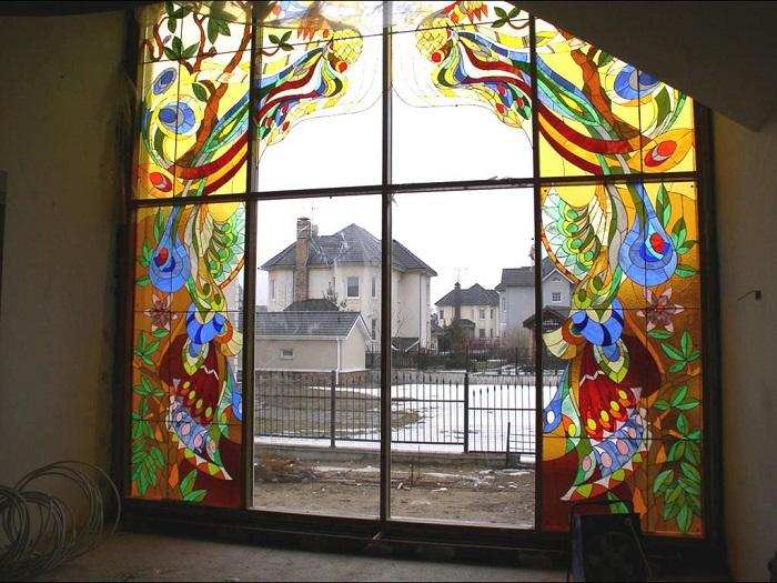 Витражные окна - как без усилий сделать из своего дома дворец