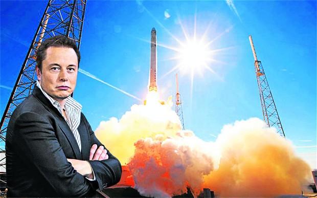 SpaceX испытала двигатель дл…