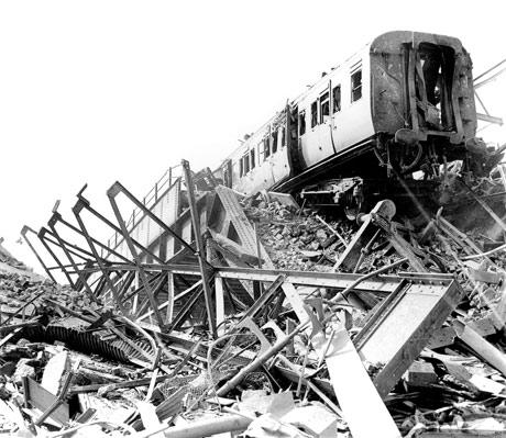 Разрушенная станция Ватерлоо