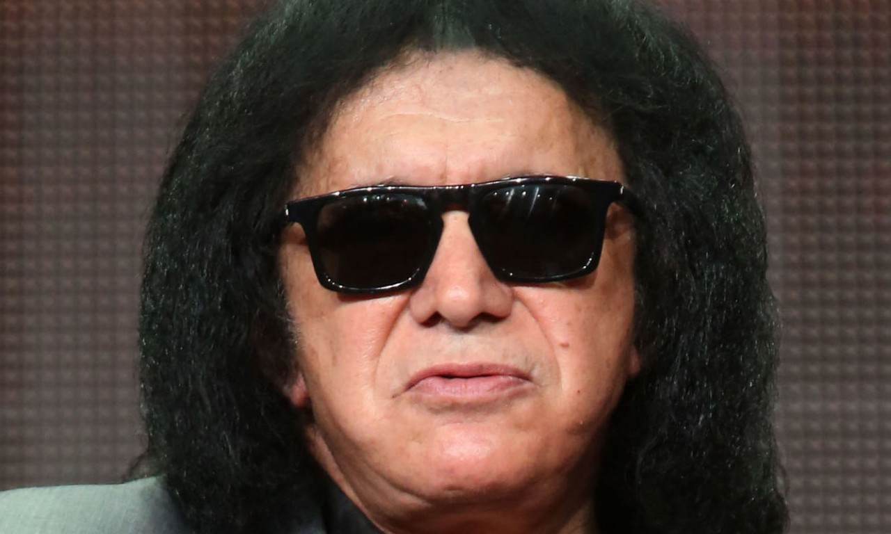 Джин Симмонс, бас-гитарист Kiss: РФ и США спорят как братья, по-семейному