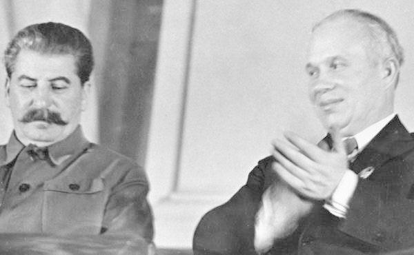 За что Хрущев ненавидел Сталина?