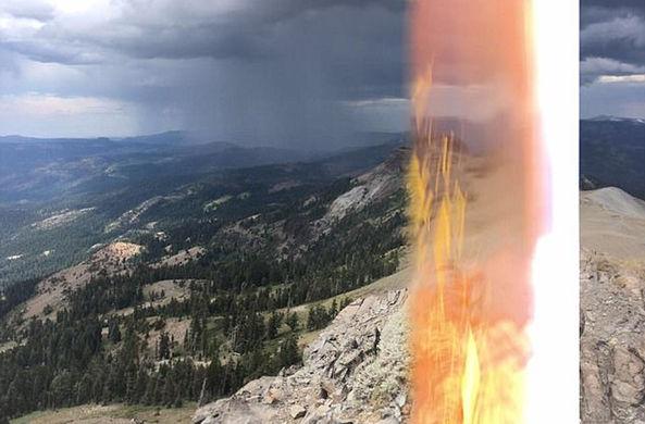 Турист в США сфотографировал ударившую его молнию