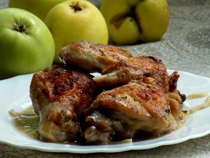 Курица в яблочном соку