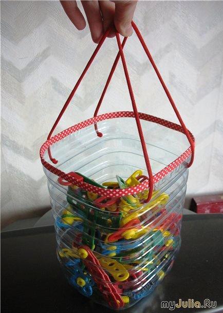 Емкость для мелочей из пластиковой бутылки