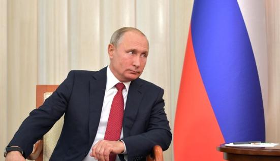 Помощь тем, кому трудно: О чем говорил Путин в послании Федеральному собранию