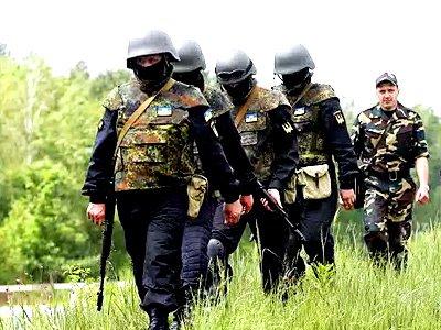 Украинские силовики сдаются в плен под Амвросиевкой