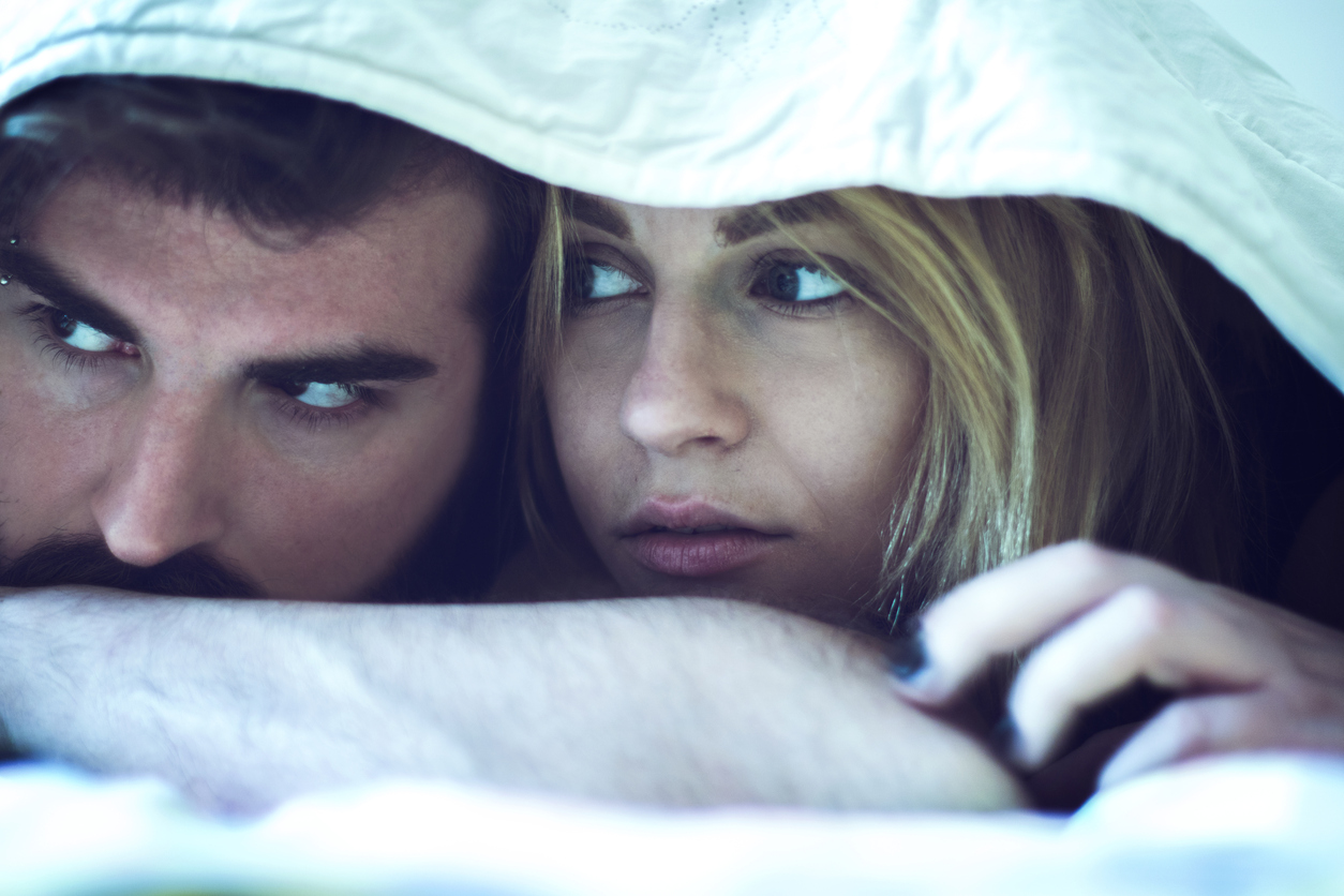 7 вопросов, которые задают женщины, когда подозревают мужчину в измене