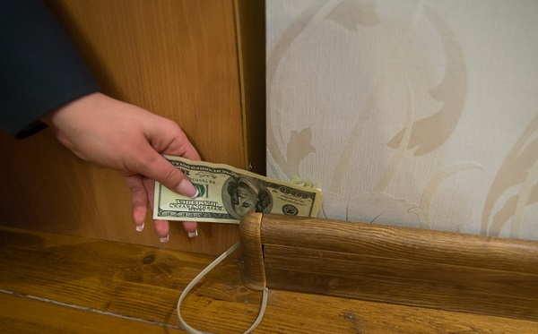 как сделать тайник для денег в домашних условиях