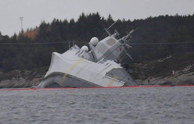 """""""А что будет, когда придут русские?"""": Потопленный танкером норвежский фрегат НАТО высмеяли в Сети"""