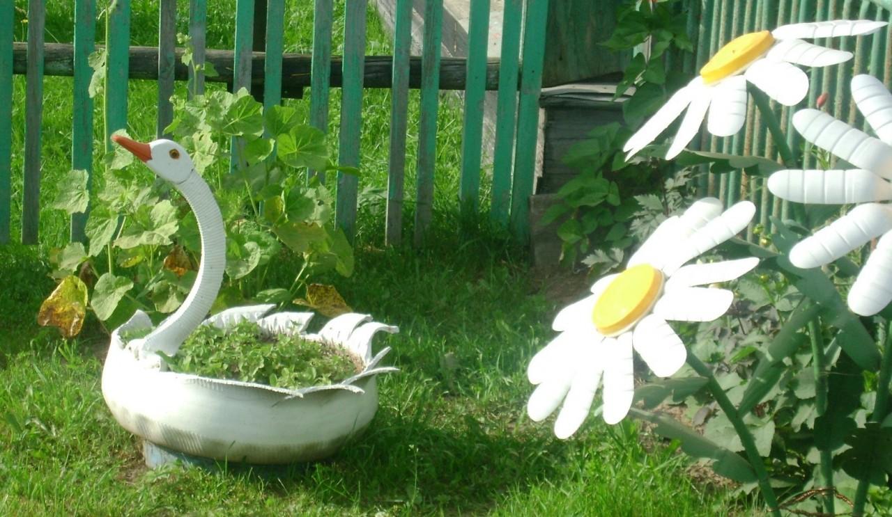Клумбы из покрышек для сада и огорода своими руками
