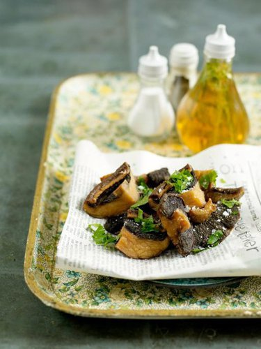 Рецепты постных блюд. Как приготовить жареные грибы во фритюре — Рецепты Джейми Оливера