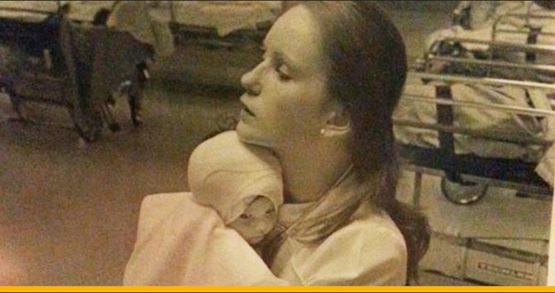 38 лет это фото было для нее самым большим сокровищем. Но, оказалось, что такое же фото сохраняет еще одна женщина...До слез!
