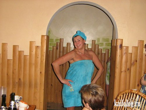 Одноклассницы в бане (63 фото)