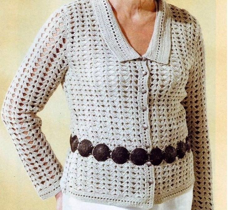 Красивая блузка крючком для женщины в виде кофточки