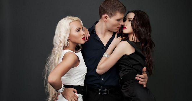 Полигамность у мужчин и женщин - причины и признаки