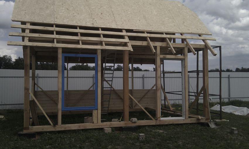 Дачный домик своими руками - строим для себя!