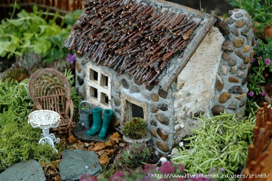 Поделки домики для сада