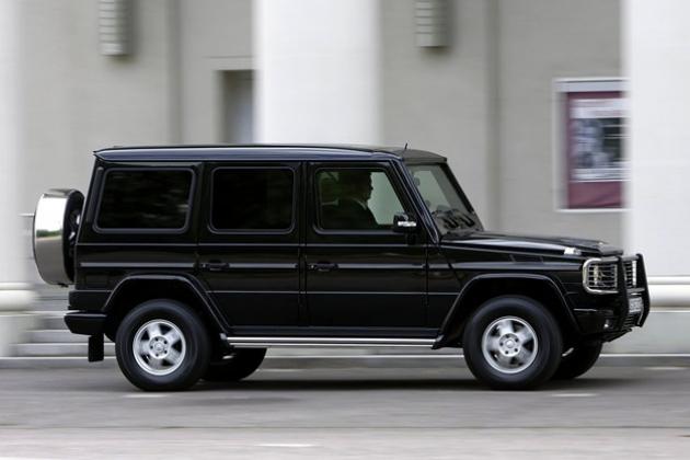 Daimler из-за санкций отказался от импорта в Россию бронированной модели автомобиля