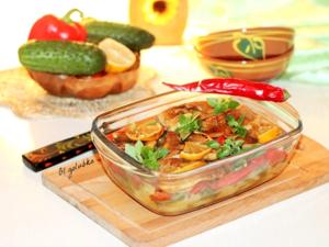 Фото к рецепту: Рыба с медовым чесноком и овощами