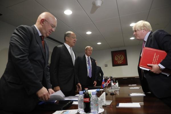 Главы МИД России иБритании обсудили перспективы налаживания диалога
